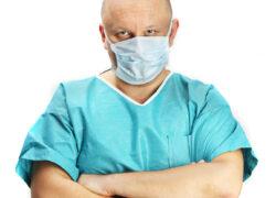 Operacja plastyczna w obcym kraju – czym ryzykuję?
